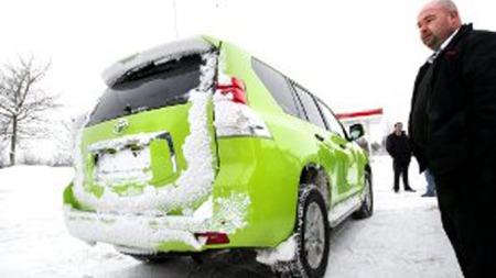 KLATREHESTEN: Med Toyota Land Cruiser som hjelpemiddel er det Pål Ottesen som får de mest krevende kjørerutene.  (Foto: Roar Grønstad/rb.no/ANB)