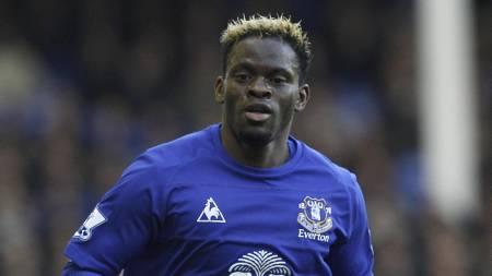 Louis Saha er ute med skade for Everton. (Foto: Peter Byrne/Pa   Photos)