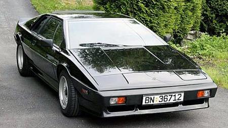 Lotus Esprit har vært en sjelden fugl i Norge. Denne, og noen til, kom inn under den såkalte jappetiden på slutten av 80-tallet. Foto: Privat