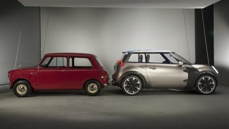 Mini Rocketman skal legge seg mellom den opprinnelige Mini og dagens ganske mye større modell. (Foto: BMW)
