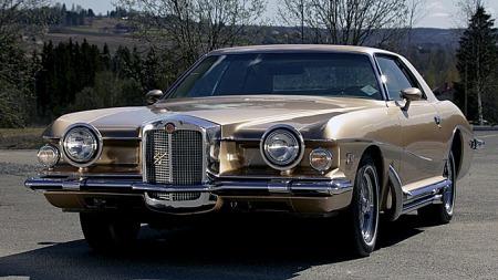 Stutz Blackhawk var bygget for hånd i ekstra tykt stål i Italia, på chassis fra Pontiac Grand Prix. Johannes´ bil er en 1975-modell. Foto: Privat