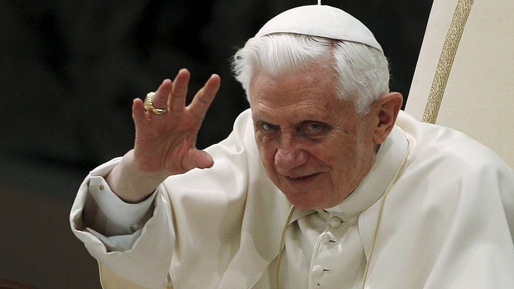 SKRIVER JESUS-BIOGRAFI: Pave Benedikt XVI slår fast i sin nye biografi at det jødiske folk ikke har skyld i korsfestelsen av Jesus. (Foto: TONY GENTILE/Reuters)