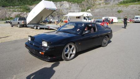 Tom Kristian er spesielt interessert i biler fra 1980- og 90-tallet. (Foto: Privat)