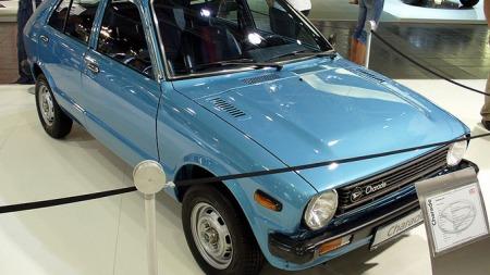 Daihatsu Charade av første generasjon, G10, som ble lansert   i 1977.