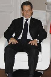«HVOR ER DU SARKOZY?»: Fredag morgen sa franske myndigheter at et angrep mot Libya kunne komme i løpet av noen timer. Nå spør desperate libyere om nå Sarkozy skal komme på banen.  (Foto: SCANPIX)