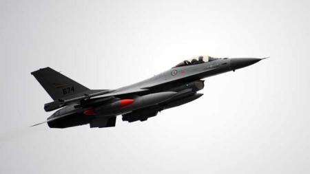 OFFENTLIGGJØR BOMBSTATISTIKK: På to måneder har norsk forsvar droppet 335 bomber mot mål på bakken i Libya. (Foto: Luftforsvaret)