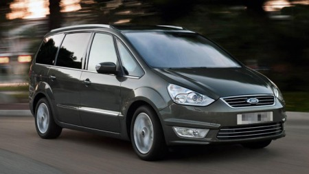 Ford-Galaxy-forfra