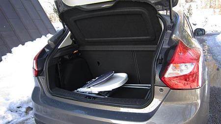 363 liter bagasjerom er godkjent for denne klassen. Rommet har rette kanter og er lett å utnytte.
