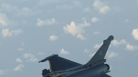 Et fransk Raphael jagerfly. (Foto: HO/Reuters)