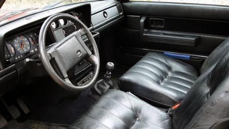 Interiør-Volvo-240-turbo