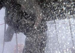 Lavooen holder på å blåse ned. (Foto: Elle Guttorm)