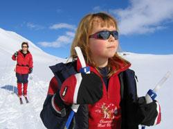 Pass ekstra godt på barna, de tåler mindre sol enn deg. (Foto:   Gunnar Lier / SCANPIX)