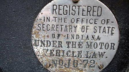 Bileierskap var en forholdsvis høytidelig affære for 80, 90, eller 100 år siden - selv i USA. Slike konkrete minner gjør bilen ekstra interessant. Foto: Privat