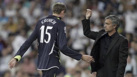 Peter Crouch og José Mourinho. (Foto: Paul White/Ap)