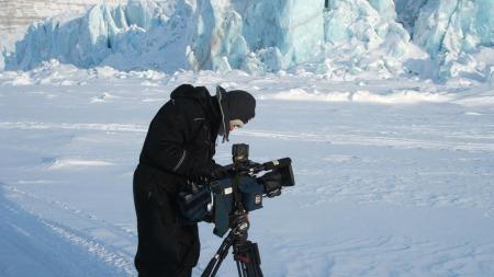 TV 2 fotograf Magnus Nøkland på Svalbard