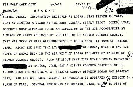 Denne hastemeldingen til FBI-sjefen John Edgar Hoover viser   at to politimenn og en militærvakt så noe de trodde var et UFO-havari   i Utah i 1949. (Foto: Faksimile )
