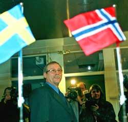 Tormod Hermansen under et besøk hos Telia i desember 1999. (Foto: Fredrik Sandberg)