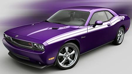 Heldigvis er det mulig å kjøpe biler i friske farger også i dag.