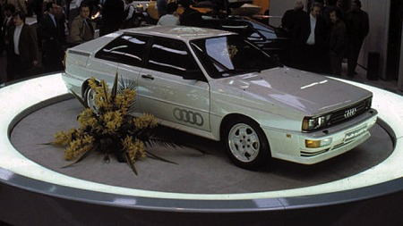 Audis såkalte Ur-Quattro var et understatement av en bil. Den enkle, men effektfulle perlemorlakken bidro til mystikken. Foto: Netcarshow.com