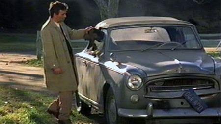 Columbo var like god til å kjøre bil som han var til å dressere hunden, som vi mener å huske at het