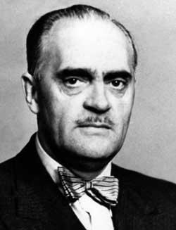 NS-politikeren og forretningsmannen Finn Støren assisterte fra   1944 Quisling i samtaler med Hitler i Berlin. Før landssviksaken kom   opp rømte han. Han ble pågrepet i Tanger, men ble ikke utlevert. Han   dro til i Buenos Aires og var forretningsmann der.