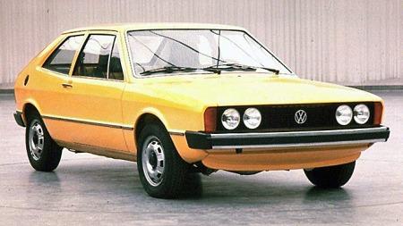 Scirocco mk 1 var basert på Golf mk 1, men hadde mykere og langt mer sportslige linjer enn volummodellen.