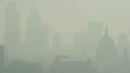 Hetebølge Smog London (Foto: LEON NEAL/Afp)