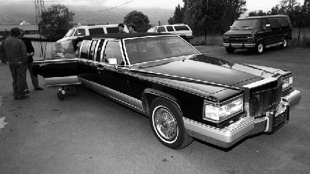 Denne custom-bygde Cadillac Fleetwood Brougham-baserte limousinen med delvis nedfellbart tak gjorde tjeneste som Slottets