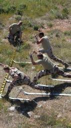 SKIRENN: Soldatene på Kreta fokuserer også på hyggelige ting.  (Foto: Privat)