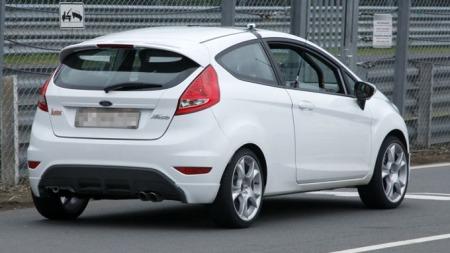 Ford-Fiesta-ST-bakfra