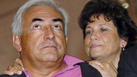 Her er Dominique Strauss-Khan sammen med sin kone Anne Sinclair i 2006. (Foto: Scanpix)