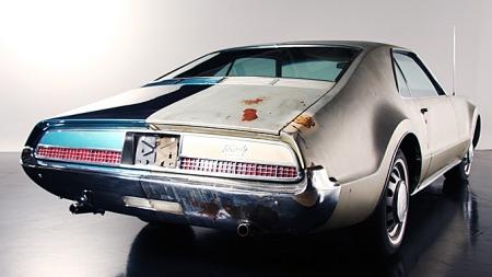 Til å komme fra kystbyen Baltimore, Maryland, hadde ikke Toronadoen fått så omfattende rustskader på 45 år. Poenget var også å finne en bil som var slitt, men som kunne vise kontrastene mellom restaurert og urestaurert