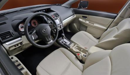 Interiøret blir muligens bilens sterkeste design-kort, for her ser det helt greit ut. Særlig hvis plastkvaliteten er oppgradert et par hakk. (Foto: Subaru)