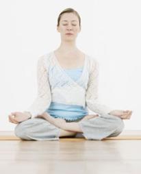 STRESS NED: Stress påvirker huden negativt, og kan forårsake tidlig aldring av huden, samt rødhet og kviser.