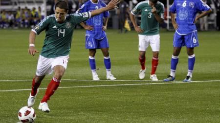 Mexico har scoret 14 mål på tre kamper i Gold Cup. Chicharito har alene stått for fem nettkjenninger (Foto: Darrell Byers/Reuters)