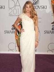 HVITTNEY PORT: Whitney Port gikk for hvitt under «CFDA Fashion Awards».