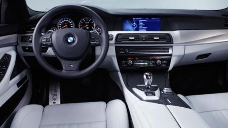 BMW M5 interiør