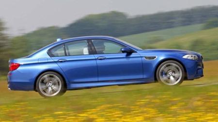 BMW M5 rett fra siden