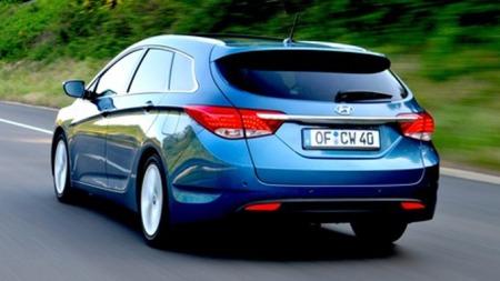 Hyundai bakfra i fart