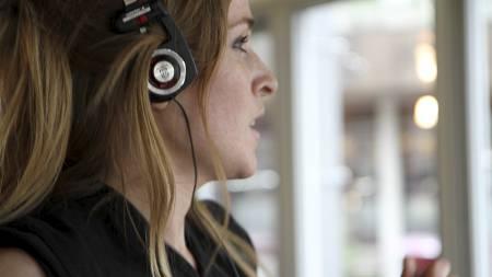 BEDRER PRESTASJONEN: Forskere har kommet frem til at man kan klare å presse seg 10-15 prosent ekstra med musikk på øret under treningen. (Foto: NINA KAUSLAND/)