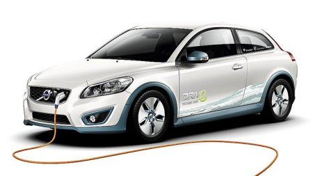 Volvo tester for tiden el-utgaver av C30, i tillegg til hybridbiler. (Foto: Volvo)