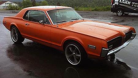 Teknisk var Cougar svært lik Mustang, det skilte bare noen få centimeter her og der. Blant annet hadde Cougar litt større hjulavstand, noe som trolig påvirket plassen i baksetet noe. Foto: Privat