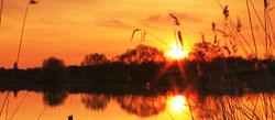 En rød solnedgang er et tegn på fint vær i vente. (Foto: (Illustrasjonsbilde)   Colourbox)