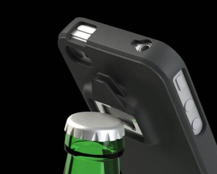 dings_be_a_headcase_iphone_4_case_integrated_can_and_bottle_opener_1