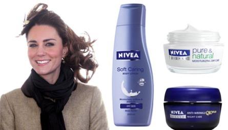 KATE MIDDLETONS SKJØNNHETSFAVORITTER: Kate Middleton sverger til rimelige skjønnhetsprodukter som Soft Caring Body Lotion fra Nivea (kr 54, Nivea), dagkremen Nivea Pure & Natural Moisturiser Day Care (kr 79. Nivea) og nattkremen Nivea Visage Q10 Anti-wrinkel Night Care (kr 137).