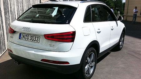 Audi-Q3-bakfra