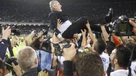 HØY STJERNE: Napolis president Aurelio De Laurentiis er godt likt blant Napolis spillere. (Foto: CARLO HERMANN/Afp)