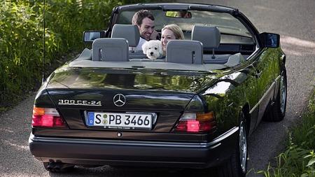 Bilprisene var helt på topp i Norge rundt førsten av 90-tallet, og svært få cabrioleter av Mercedes a124-serie ble solgt. Fant du en med så stor motor som denne 300 24-ventileren var det ikke usannsynlig at sjelen i bilen stammet fra en gammel ambulanse. Foto: Netcarshow.com