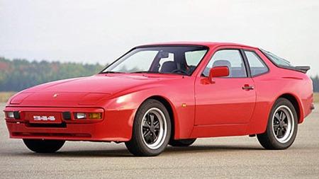 Drømmen om en rød sportsbil til superbillig varebilpris var innenfor rekkevidde i noen hektiske, få måneder før smutthullet ble tettet på 80-tallet. Porsche 944 var favoritten. Foto: Porsche