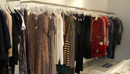 STEP BY STEP: Step by Step er en kul nisjebutikk med en forkjærlighet   for barbiedukker og kule designerklær.